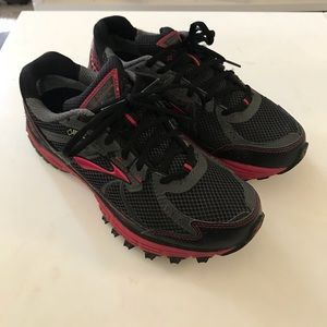 BROOKS WOMEN'S ADRENALINE ASR 10 GTX size 8